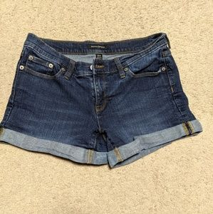 Banana Republic women's mid-rise jean shorts
